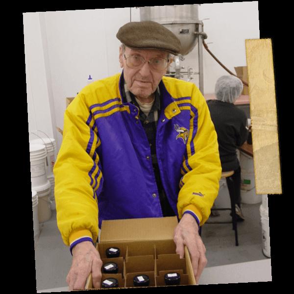 Ray Klien Beekeeping Minnesota